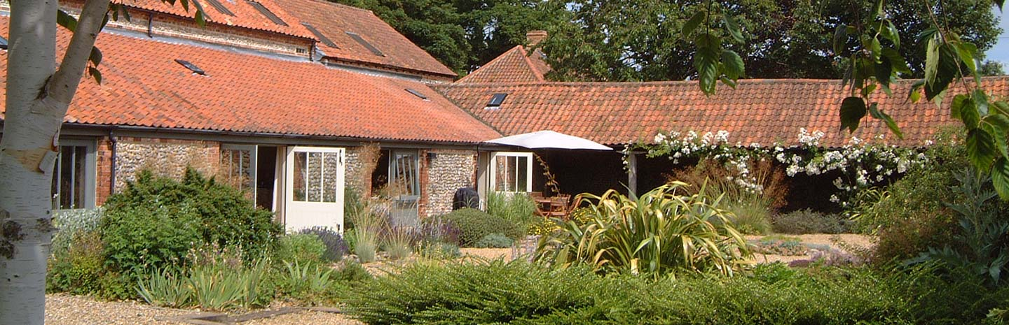morston barn outside
